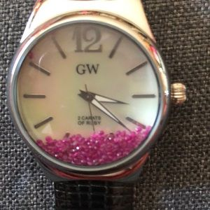 ⌚️⌚️⌚️GEMS TV 2 CARROTS OF RUBY WATCH. NEVER WORN